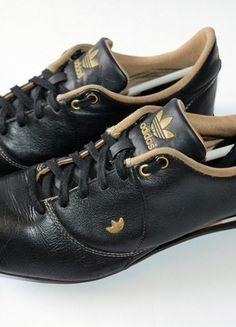 Kup mój przedmiot na #vintedpl http://www.vinted.pl/damskie-obuwie/obuwie-sportowe/10725177-czarne-buty-adidas-38-skora