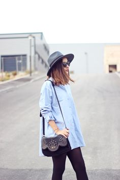 Oversized shirt for a chic casual outfit, by She Wears. #bettyxlancaster #lancasterparis #lancaster #bag #sac #casual #chic #outfit #look #hat #style