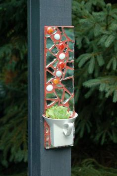 BING SEARCH FREE MOSAIC PATTERNS   Free Mosaic Flower Pot Patterns | Mosaic Flower Pot Hanger - Fine Gardening