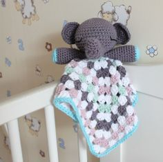 Elephant Snuggle baby lovey on missneriss.com - free pattern