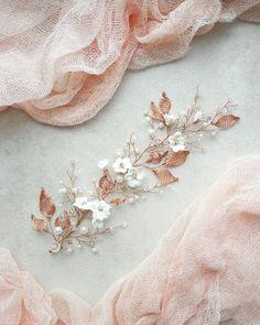 ☄ Пока я придумываю новое украшение для яркой невесты,  добавлю в ленту частичку весны ☘