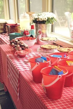 cute favors for a picnic birthday party