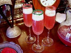 Champagne holiday punch