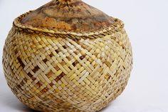 Flax Weaving, Maori Designs, Maori Art, Textile Art, Design Inspiration, Crafty, Traditional, Gourds, Entrepreneurship