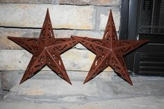 diy star my diy rustic star : gold glitter dollar tree stars sanded a little spray painted brown made them look rusty crafts Upcycled Crafts, Rustic Crafts, Country Crafts, Primitive Crafts, Country Primitive, Country Decor, Country Chic, Western Crafts, Country Living