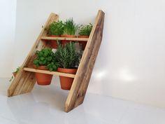 Gärtnerutensilien - Kräuterleiter aus Altholz, Gewürzregal - ein Designerstück von Produktwerft bei DaWanda