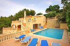 Stay at a villa tossa de mar for unwinding during vacations