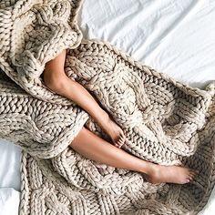 Good night @petiteflowerpresents by instanaimabarcelona