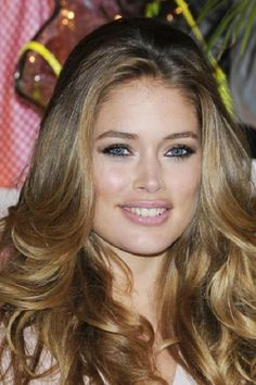 They called this brunette with highlights, but I think it's blond with lowlights.  Either way it's gorgeous!