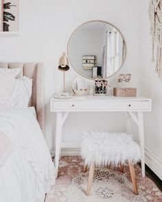 25 Best Mini Dressing Table Designs For Your Small Make Up Room