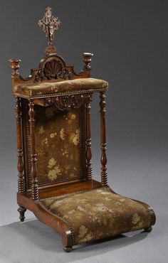 French Baroque Carved Walnut Prie Dieu, 19th c., the : Lot 400