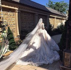 Image about dress in wedding by sαяα🥀 on We Heart It Wedding Veils, Wedding Bride, Dream Wedding Dresses, Bridal Dresses, Beautiful Gowns, Dream Dress, Perfect Wedding, Wedding Styles, Ball Gowns
