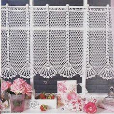crochet (kitchen window)