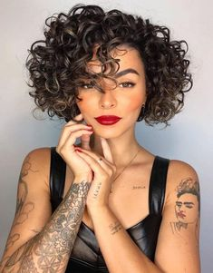 hair institute to medium curly hairstyles 2019 hairstyles with bangs hairstyles at work curly hairstyles for quinceaneras hairstyles middle part hairstyles on saree gray hairstyles over 50 Short Curly Haircuts, Curly Hair Cuts, Curly Bob Hairstyles, Curly Hair Styles, 1980s Hairstyles, Relaxed Hairstyles, Updo Curly, Vintage Hairstyles, Wavy Hair