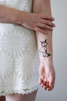 Geometric fox temporary tattoo - Tattoorary