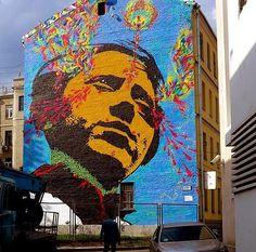 Artist #Stinkfish new huge Street Art mural in Moscow, Russia for MOST Festival  #art #mural #graffiti #streetart pic.twitter.com/vx74OVGl0B