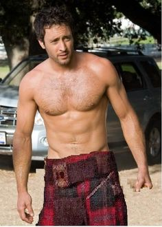 THE KILTED HOTTIE OF THE DAY the link to Johnny Depp photoshopped into a kilt isnt working, so how about a digitally kilted Alex OLoughlin, the Aussie hottie with both Irish and Scottish roots? Alex O'loughlin, Alex Scott, Tartan Men, Men In Kilts, Kilt Men, David, Le Jolie, Komplette Outfits, Hairy Men