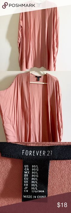 Long Tunic Beautiful tunic, super fresh! Fits M-L. Worn only  once. Forever 21 Tops Tunics