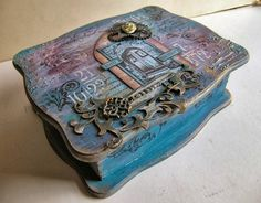 Stamping Sue style-graphic45-Wooden box- mixed media- art-Tim Holtz metal embellishments-altered box-distressed-jewelry box