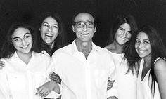 Jeffrey Spector with his wife and three daughters
