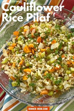 Make low-carb Cauliflower Rice Pilaf with Vegetables in the oven using frozen OR fresh veggies. You don& need to defrost anything first either! Low Carb Dinner Recipes, Delicious Dinner Recipes, Side Dish Recipes, Vegetable Recipes, Side Dishes, Main Dishes, Frozen Cauliflower Rice, Cauliflower Recipes, Riced Cauliflower