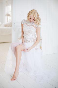 beautiful garter from @The Wedding Garter Co