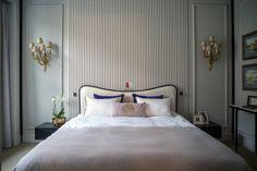Квартира цвета сирени в парижском стиле в Москве