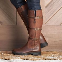 The Solstice Tall Buckle Boot by SmartPak is the perfect balance of style and function! Great for the barn and everyday use. Brown Flat Boots, Brown Riding Boots, Barn Boots, Muck Boots, Riding Boot Outfits, Winter Shoes, Leather Flats, Leather Buckle, Knee High Boots