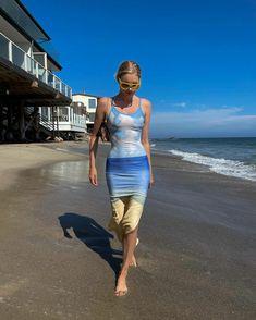 Elsa Hosk – summer beach print dress