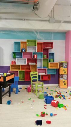 20 Creative DIY Classroom Extra Storage Ideas by Using the Recycled Material to be Environmen. : 20 Creative DIY Classroom Extra Storage Ideas by Using the Recycled Material to be Environmentally Friendly Design Extra Storage, Diy Storage, Storage Ideas, Creative Storage, Diy Interior, Interior Design, Kids Church Rooms, Kids Room, Youth Rooms