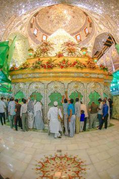 "{salwat} aaye to tu bhi diye jalaane lagi Hawaa chiraagh bujhaana teri sifaat me hai."" Jash n Zahoor Aqa IMAM HUSSAIN a. {salwat} Mubarak to all. Islamic Images, Islamic Pictures, Islamic Art, Karbala Iraq, Imam Hussain Karbala, Hazrat Hussain, Imam Hussain Wallpapers, Sufi Saints, Ibn Ali"