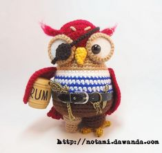 pirate owl......the eyepatch cracks me up lol