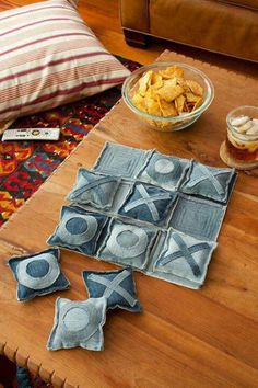 """Old blue jean Tick Tack Toe DIY. Great for summer days on the porch."" Would be cute with fabric too"