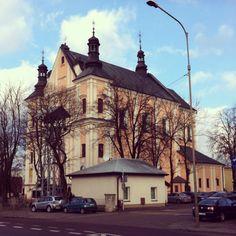 Łuków. Pobernardyński kościół pw Podwyższenia Krzyża Świętego.