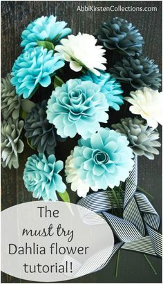 How to Make Paper Dahlia Flowers: Small Paper Flower Tutorial - Origami - Top Kreative Hobby-Ideen Paper Flower Centerpieces, Rolled Paper Flowers, Paper Flower Garlands, Large Paper Flowers, Tissue Paper Flowers, Paper Flower Wall, Paper Flower Backdrop, Paper Flower Wedding Bouquets, Paper Decorations