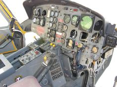 Resultado de imagen de UH 1D interior detail