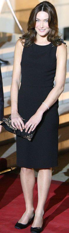 Carla Bruni's Little Black Dress (PHOTOS)
