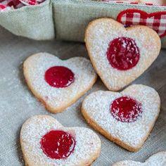 Home - Din secretele bucătăriei chinezești - Page 6 Be My Valentine, Raspberries, Cherries, Cookies, Desserts, Food, Instagram, Salads, Biscuits