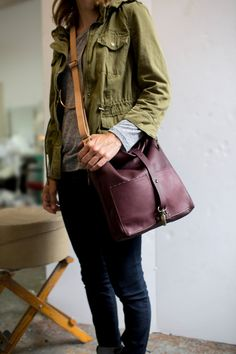 TomTom Soft Leather Tote Bag in Eggplant Burgundy : door AwlSnap