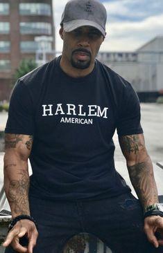 He should win the sexiest man alive award. So handdome. Fine Black Men, Gorgeous Black Men, Handsome Black Men, Fine Men, Black Love, Beautiful Men, Handsome Man, Black Male Celebrity Fashion, Celebrity Crush