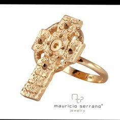 Nuestra herencia es una gran inspiración. #UnaVerdaderaJoya #MauricioSerrano #Mexico #2015 #Love #Fashion #hardgold #Art #Jewelry #Joyeria #Plata Shop www.mauricioserrrano.com