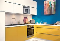 Pour une petite cuisine bien équipée, choisir des meubles de cuisine à grande capacité de rangement. Modèle : SoCoo'c Optimum. #cuisines #petitescuisines #cuisinesequipees #rangement #grandecapacité