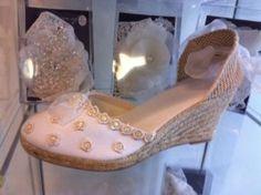 Alpargatas de novia Innovias: comodidad chic para los pies de la novia