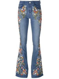 Shop Alice+Olivia paisley embroidered flared jeans in  from the world's best independent boutiques at farfetch.com. Shop 400 boutiques at one address.