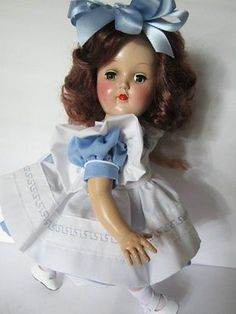 SHES-PERFECTLY-ADORABLE-1950s-IDEAL-TONI-DOLL-DEEP-AUBURN-HAIR