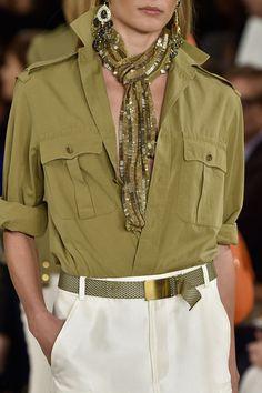 Lauren at New York Fashion Week Spring 2015 Ralph Lauren at New York Spring 2015 (Details)Ralph Lauren at New York Spring 2015 (Details) 70s Fashion, New York Fashion, Look Fashion, Timeless Fashion, Trendy Fashion, Fashion Outfits, Womens Fashion, Fashion Spring, Fashion Weeks