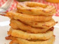 ¿Os gustan los aritos de cebolla? Entonces tenéis que probar estos aritos de manzana fritos, una nueva receta con fruta que os sorprenderá por su originalidad.    Este es un aperitivo que probablem