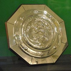 The Community Shield (formerly known as the Charity Shield) is unlikely to be a friendly affair as Arsenal will be keen to quickly add anoth. Sports Trophies, Football Trophies, Football Kits, Fifa Football, Fa Community Shield, Liverpool Fc Wallpaper, English Football League, Sporting Kansas City, Pierre Emerick