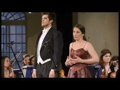 Flotow, Martha, « Die letzte Rose... » - YouTube