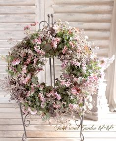 tef*tef*寄せ植え<BR>2016 * no.18 *<BR><BR>『マルーンマルーン×リース』 | 寄せ植え | | Junk sweet Garden tef*tef* Flower Photos, Diy And Crafts, Planters, Wreaths, Drawings, Amazing, Garden, Ideas, Flowers